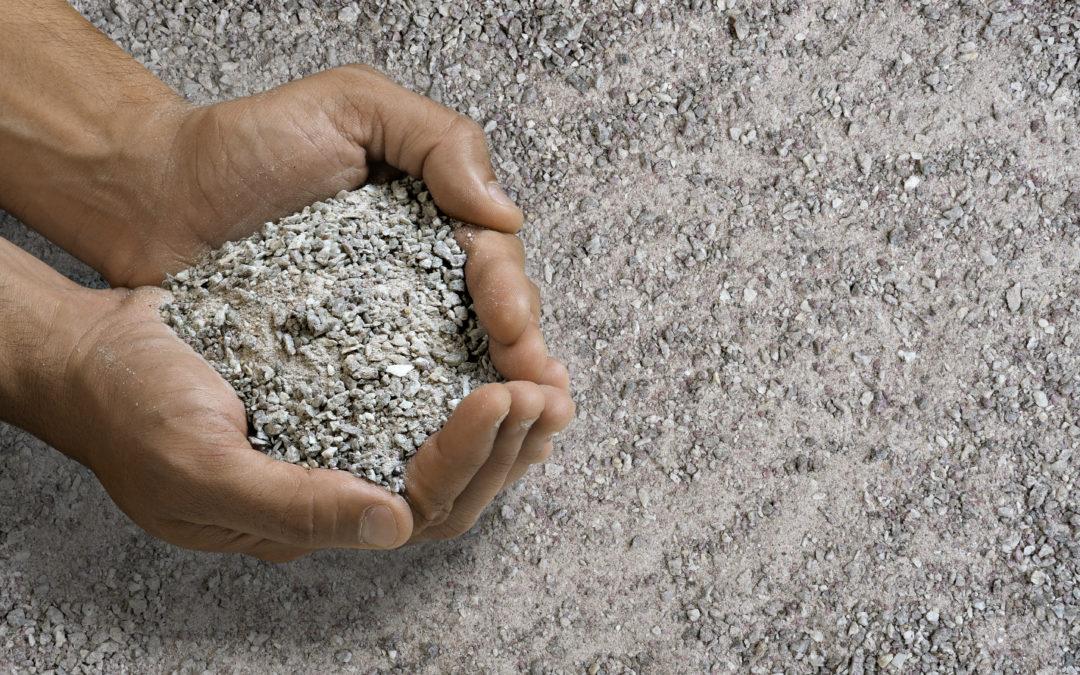 Por que optar pela areia de brita?
